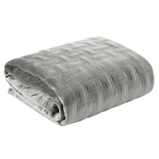 Krásny sivo strieborný zamatový prešívaný prehoz na posteľ