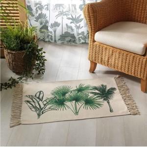 Krásny bavlnený koberec so strapcami a motívom paliem 50 x 80 cm