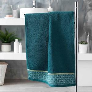 Tyrkysovo modrý bavlnený uterák z kolekcie Douceur  50 x 90 cm