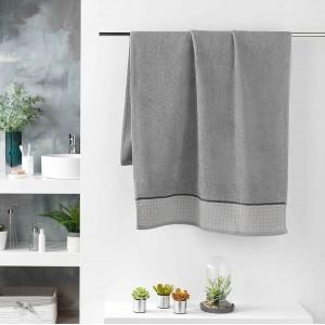 Sivý bavlnený uterák kolekcia DOUCER 70 x 130 cm