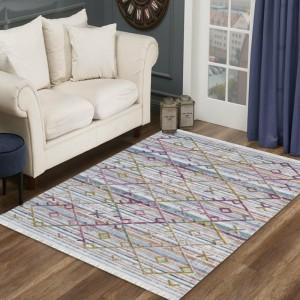 Luxusný krémovo biely koberec s farebným vzorom