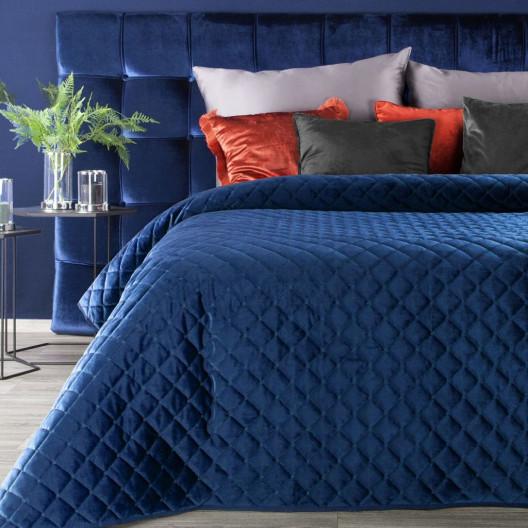 Luxusný modrý zamatový prešívaný prehoz na posteľ