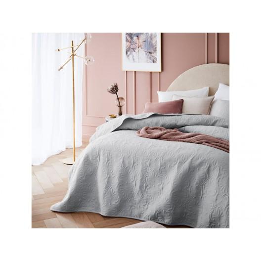 Štýlový svetlo sivý prešívaný prehoz na posteľ 240 x 260 cm