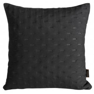 Dekoračná prešívaná obliečka na vankúš čiernej farby