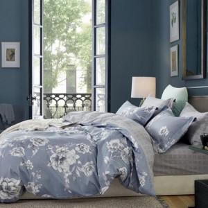 Romantické sivo biele bavlnené posteľné obliečky s kvetmi