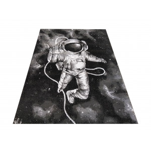 Koberec s motívom lietajúceho kosmonauta