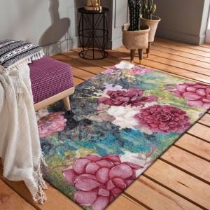 Originálny kvalitný koberec s motívom farebných kvetov
