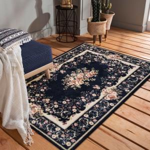 Kvalitný tmavo modrý vintage koberec