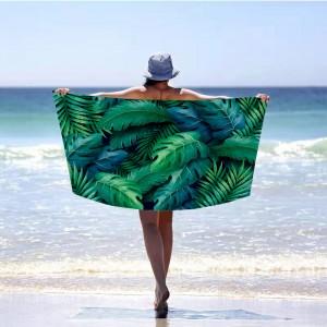 Unikátna zelená plážová osuška s motívom listov 100 x 180 cm