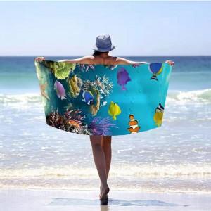 Krásna modrá plážová osuška podmorský svet