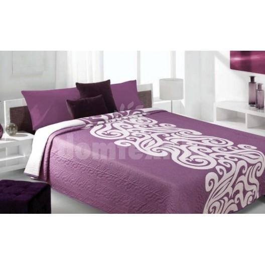 Luxusný obojstranný prehoz na posteľ s bielym vzorom a fialovým pozadím