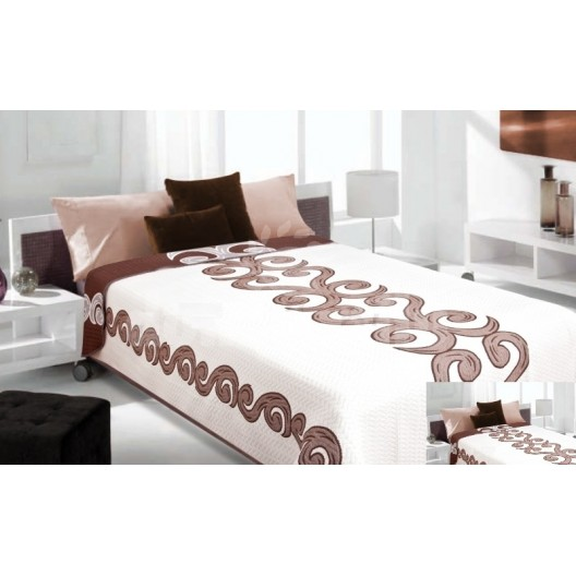 Luxusný obojstranný prehoz na posteľ biely s hnedým ornamentom