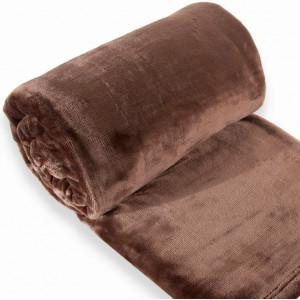 Plyšová deka tmavohnedej farby