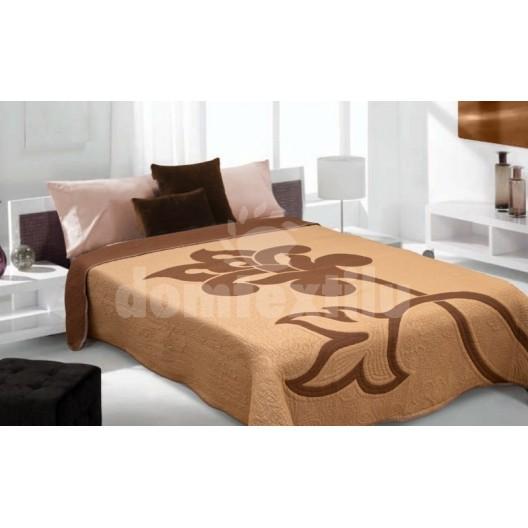 Luxusný obojstranný prehoz na posteľ s hnedým pozadím a hnedou farbou