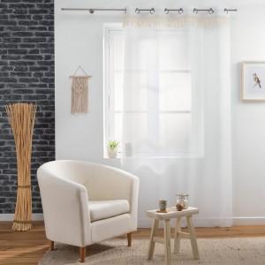 Biela záclona na kruhy so strapcami 140 x 280 cm