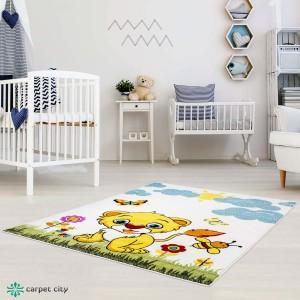 Dokonalý detský krémový koberec do detskej izby levíča