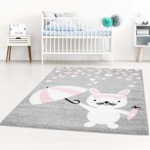 Skvelý detský sivý koberec zajačik s dáždnikom