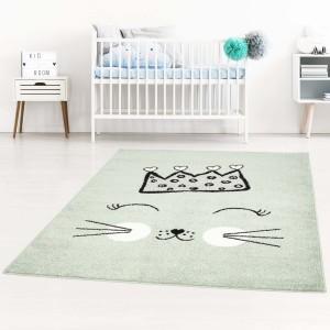 Hrací koberec pre deti zelenej farby s mačičkou