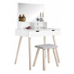 Toalerný stolík so zrkadlom v modernom dizajne