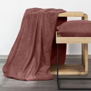 Kvalitná tmavo ružová deka 170 x 210 cm