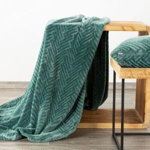 Moderná zelená deka s decentným reliéfnym vzorom 150 x 200 cm