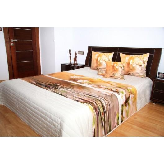 Štýlový prehoz na posteľ rozkvitnutá japonská čerešna sakura na béžovom podklade
