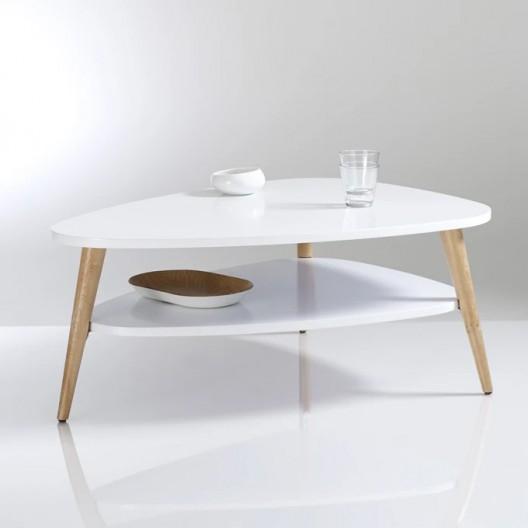 Kávový stolík s praktickým úložným priestorom