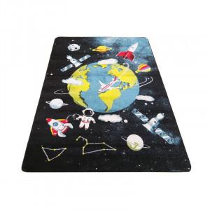Úžasný detský koberec s motívom vesmír