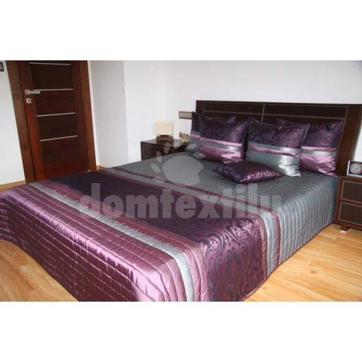 Prehoz na posteľ fialovej farby s pruhovaným vzorom