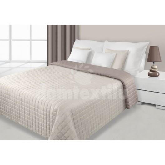 Obojstranné prehozy na postele krémovej farby