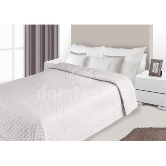 Prehozy na postele krémovo hnedej farby s prešívaným vzorom