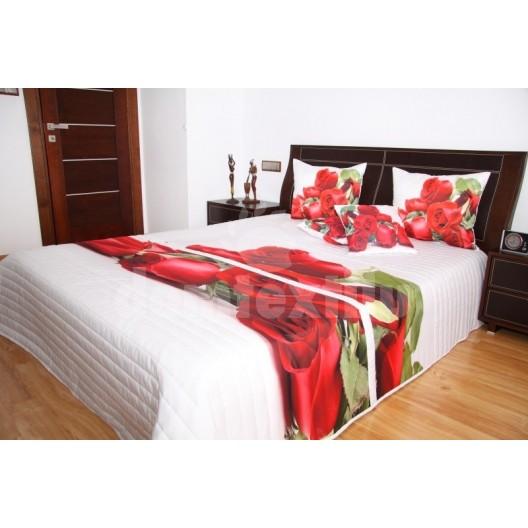 Prehoz na posteľ bielej farby s motívom červených ruží