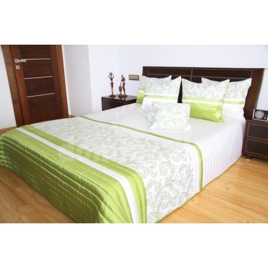 Prehoz na posteľ zeleno bielej farby s ornamentmi