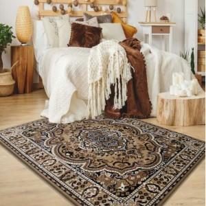 Hnedý koberec kusový s orientálnym vzorom