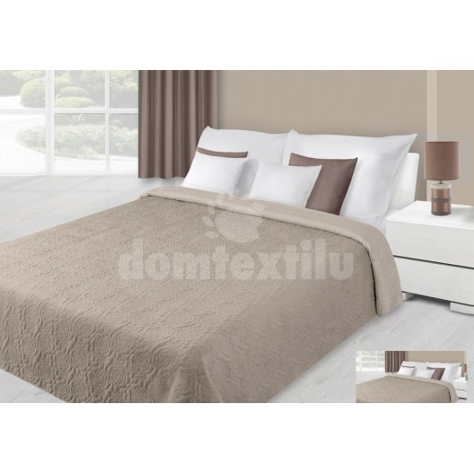 Prehoz na posteľ béžovej farby s kvetovaným prešívaním