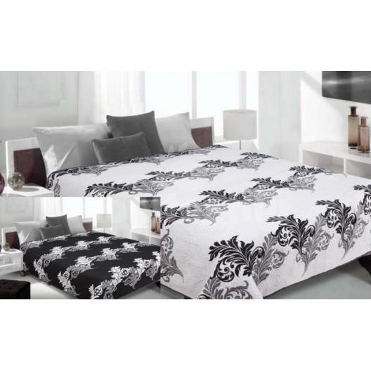 Prehoz na posteľ bielej farby s čiernymi listami