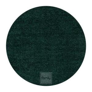 Nádherný okrúhly koberec v smaragdovo zelenej farbe