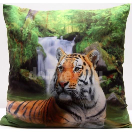 Obliečka na vankúš zelenej farby s potlačou tigra