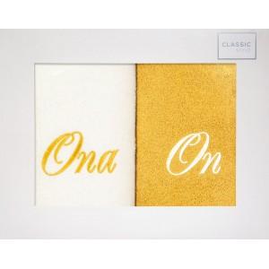 Sada bielo žltých uterákov s nápisom ONA A ON 50 x 90 cm