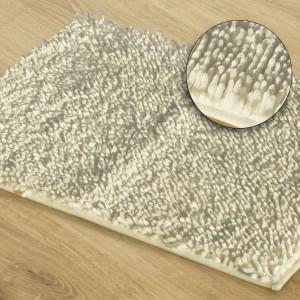 Kúpeľňový koberec v krémovej farbe