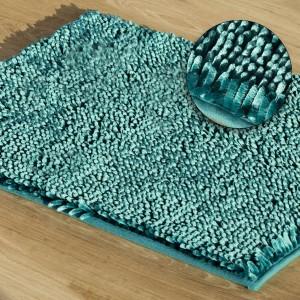 Tyrkysový huňatý koberec do kúpelne