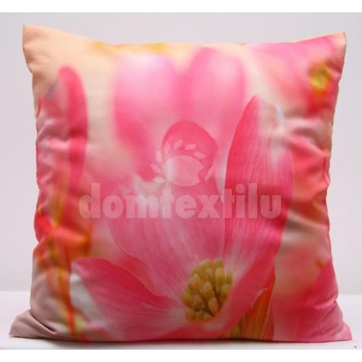 Ružové obliečky na vankúše s motívom ružového kvetu
