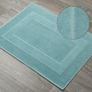 Vzorovaná bavlnená kúpeľňová predložka v mätovej farbe