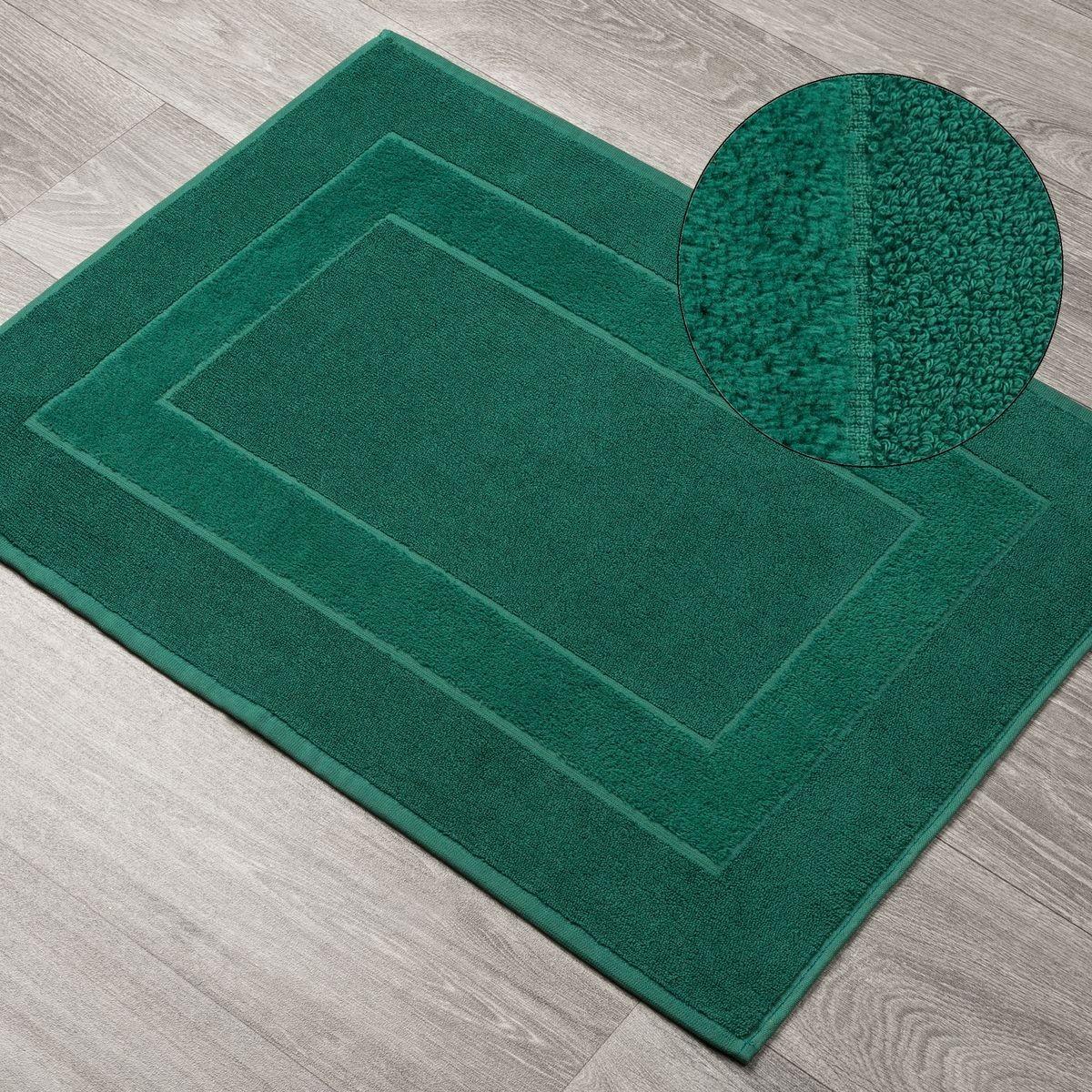 DomTextilu Tmavozelený vzorovaný kúpeľňový koberec Šírka: 50 cm | Dĺžka: 70 cm 44536-208248