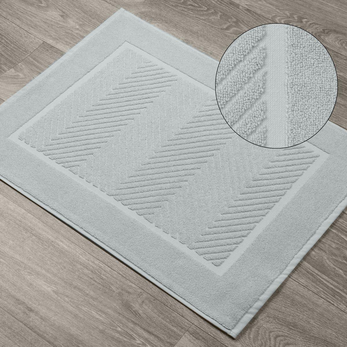 DomTextilu Štýlový bavlnený strieborný koberec do kúpelne so vzorom Šírka: 50 cm   Dĺžka: 70 cm 44549-208276