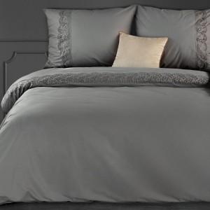 Elegantné sivé bavlnené posteľné obliečky s čipkou