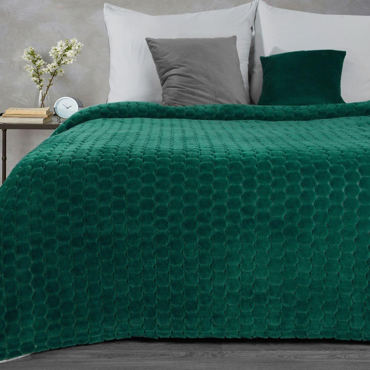 Smaragdovo zelená deka s 3D reliéfnym vzorom Šírka: 150 cm   Dĺžka: 200 cm