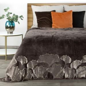 Luxusná tmavo hnedá deka so zlatým vzorom lístka ginko 150 x 200 cm