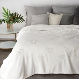 Kvalitná biela deka so zlatým motívom včely 150 x 200 cm