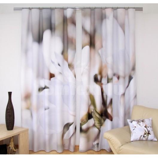 Luxusný záves bielej farby s motívom kvetov